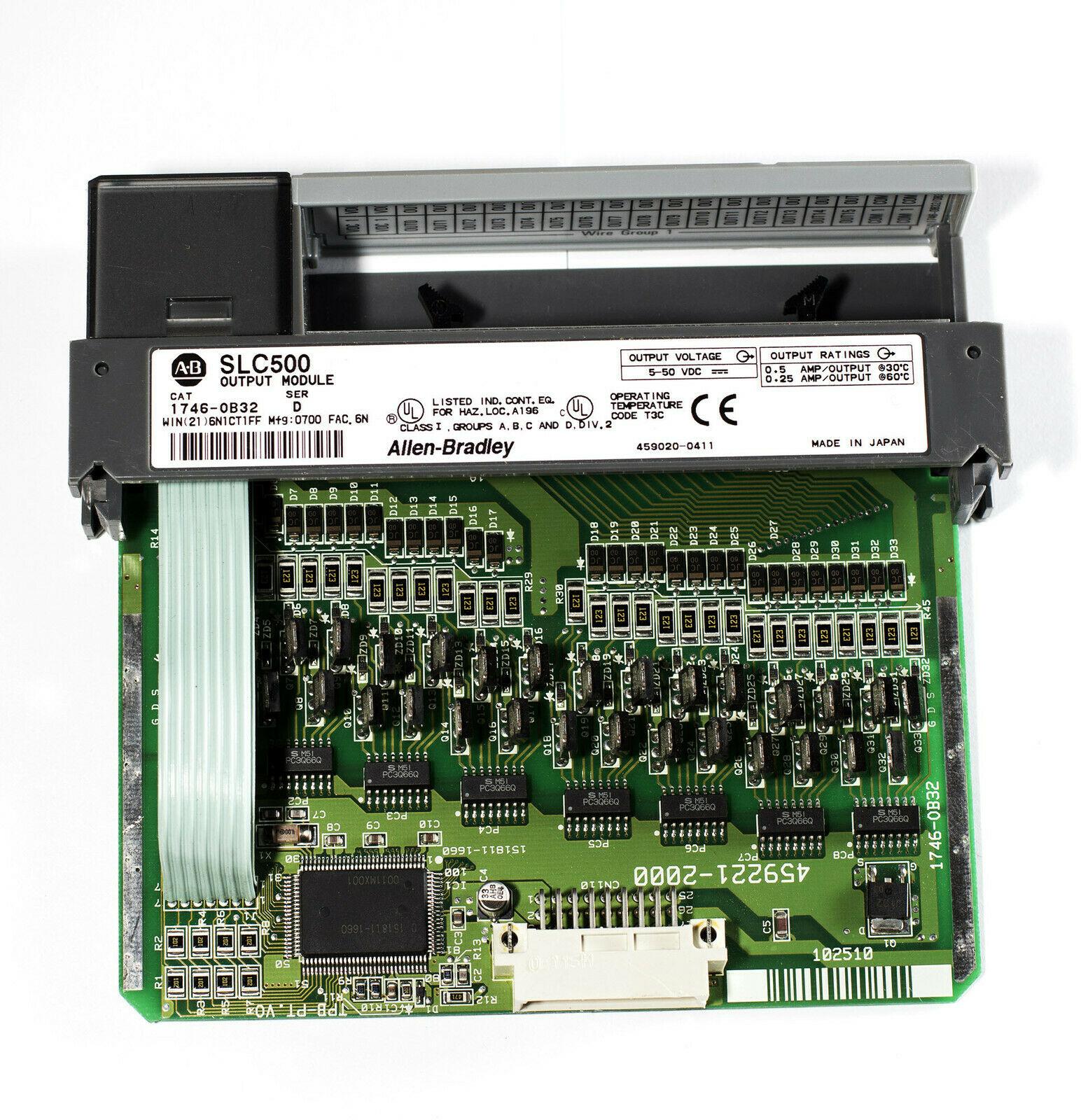 1746-OB32/D 32点电子式保护电流拉出型直流输出模块